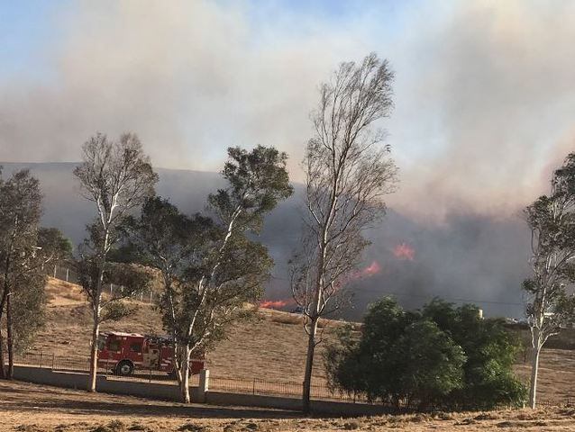 Residents warned to be ready to evacuate as Lilac fire rages