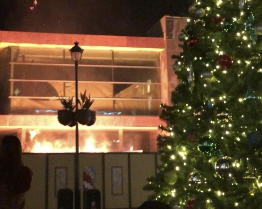update fire at downtown disney contained to dumpster 10newscom kgtv tv san diego - Downtown Disney Christmas