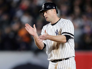 Padres acquire 3B Chase Headley from Yankees