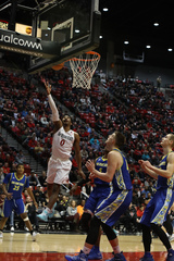 Aztecs cruise past Spartans for 3rd straight win
