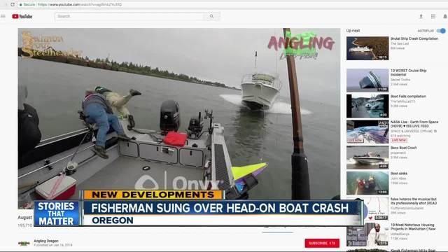 Viral video shows boat crash in Oregon