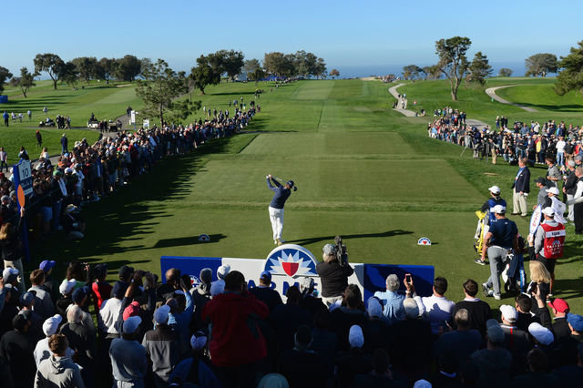 Woods just makes the cut at Torrey Pines