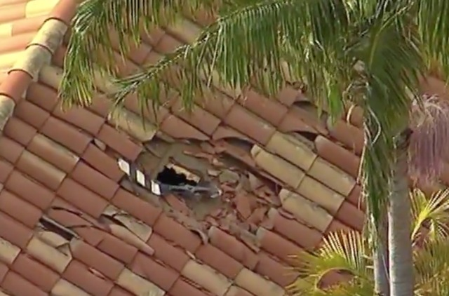 Helicopter Crashes Into OC Home, 3 Dead