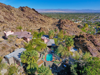 Suzanne Somers sells Palm Springs home