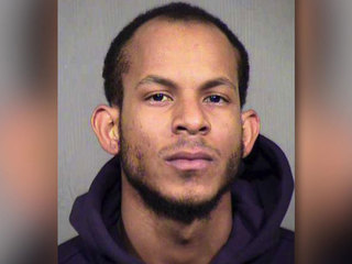 Padres pitcher faces domestic violence charges