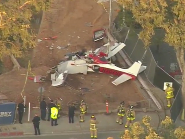 Crews responding to small plane crash in Kearny Mesa