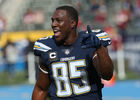 Reports: Chargers part ways with tight end Gates