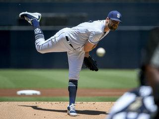 Padres' Lyles falls short in perfect game bid