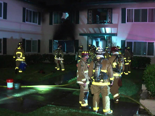 Fire damages Redwood Village apartment building