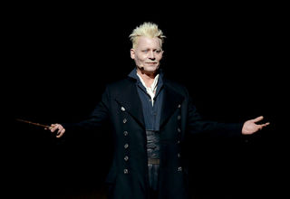Johnny Depp casts a spell on Hall H at SDCC