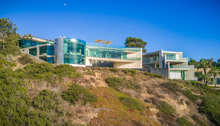 $30 million 'Razor House' for sale in La Jolla