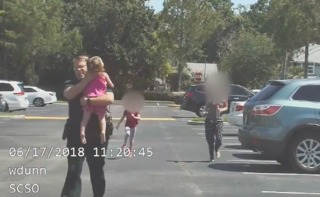 Video: FL deputy rescues toddler from hot car