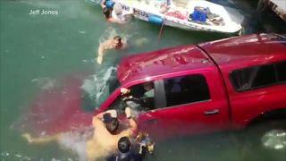 Video shows good Samaritans rescuing passengers