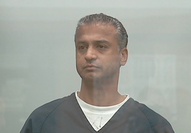 Guy from 40 year old virgin stabs wife