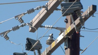 SDG&E shuts off power, forcing school closures