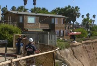 Woman dies at Sunset Cliffs