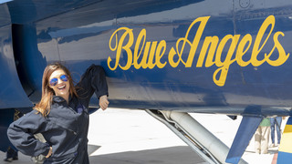 10News Meteorologist flies with the Blue Angels