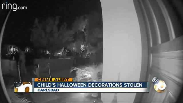 Teen steals Halloween decoration from family home