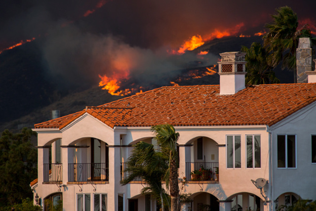 Celebrity Homes Destroyed by Malibu Fire [LIST & PHOTOS ...