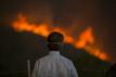 Winds again fan Southern Californian wildfire