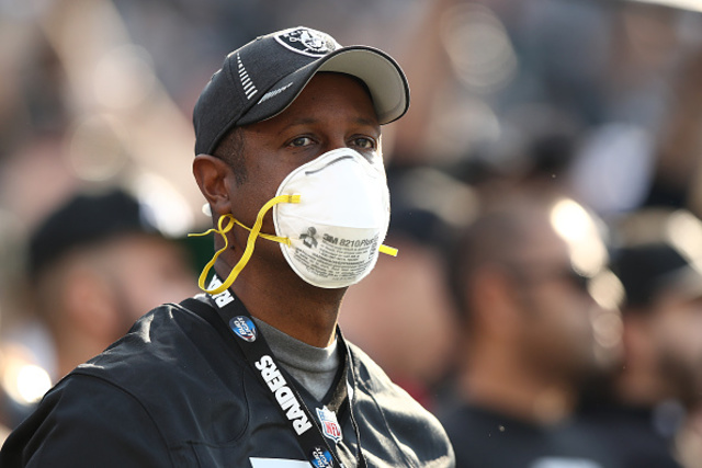 Oakland Raiders And Los Angeles Chargers Endure Smoky Game