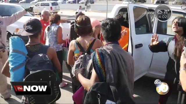 Troops prepare border for migrant caravan